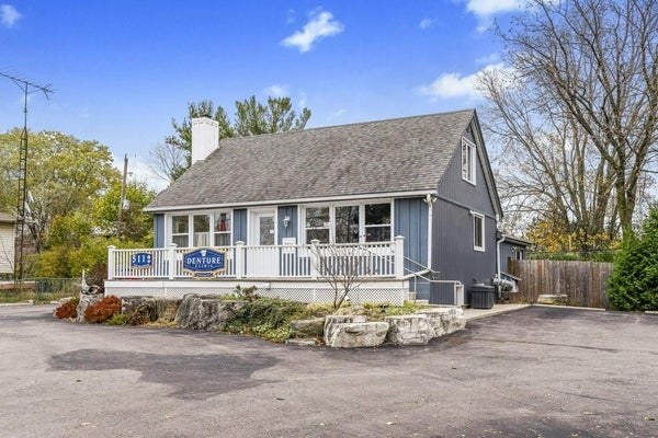 5112 NEW Street - Burlington Commercial Mix for sale(H4072532)