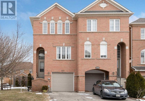 2423 RAVINEBROOK CRES - Oakville Row / Townhouse for sale, 3 Bedrooms (W4698315)