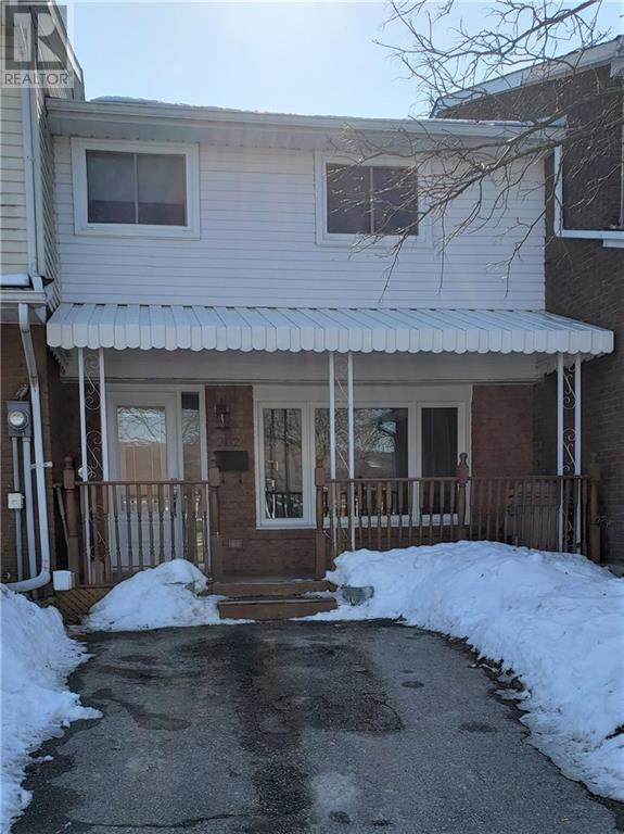 702 HILLVIEW Road - Cambridge Row / Townhouse for sale, 3 Bedrooms (30792765)