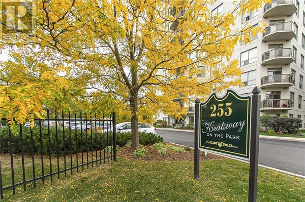 801 -  255 KEATS Way - Waterloo Apartment for sale, 2 Bedrooms (30792877)