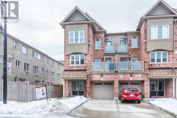 45 PRINGDALE GARDENS CIRC - Toronto Row / Townhouse for sale, 4 Bedrooms (E4702078)