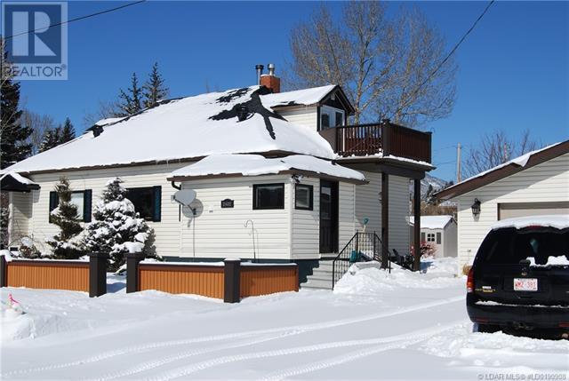2402 210 Street - Bellevue House for sale, 3 Bedrooms (ld0190908) - #47