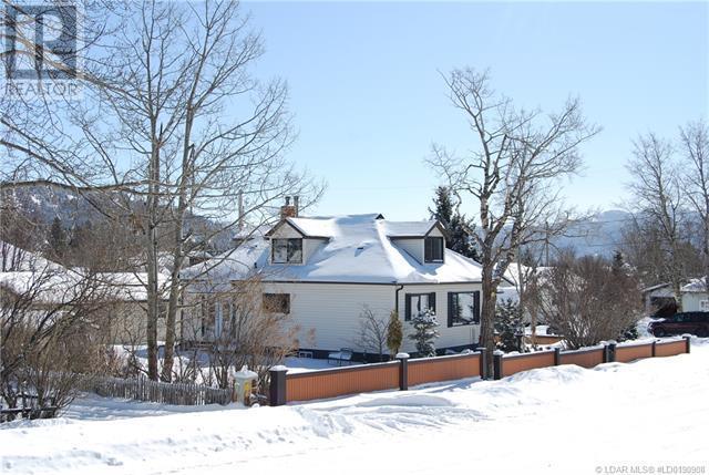 2402 210 Street - Bellevue House for sale, 3 Bedrooms (ld0190908) - #50