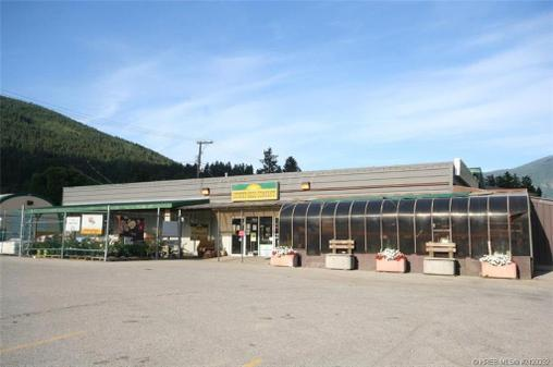 1628 CANYON STREET - Creston for sale(2423232)