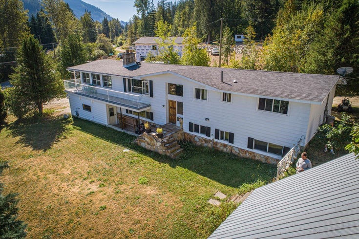 2402 SILVER KING ROAD - Nelson  for sale, 3 Bedrooms (2454187)