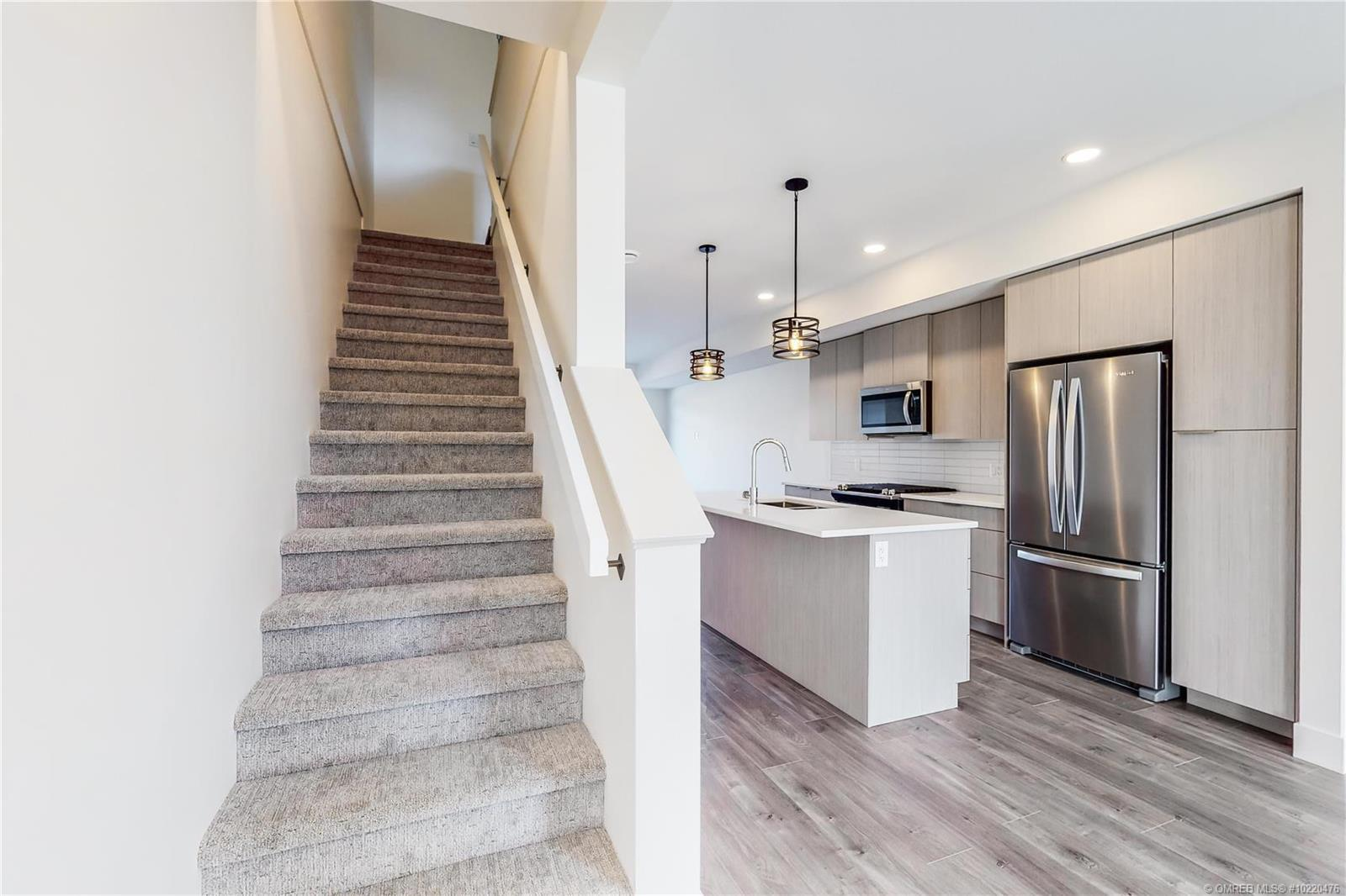 #14 720 Valley Road, - Kelowna Row / Townhouse for sale, 3 Bedrooms (10220476) - #10