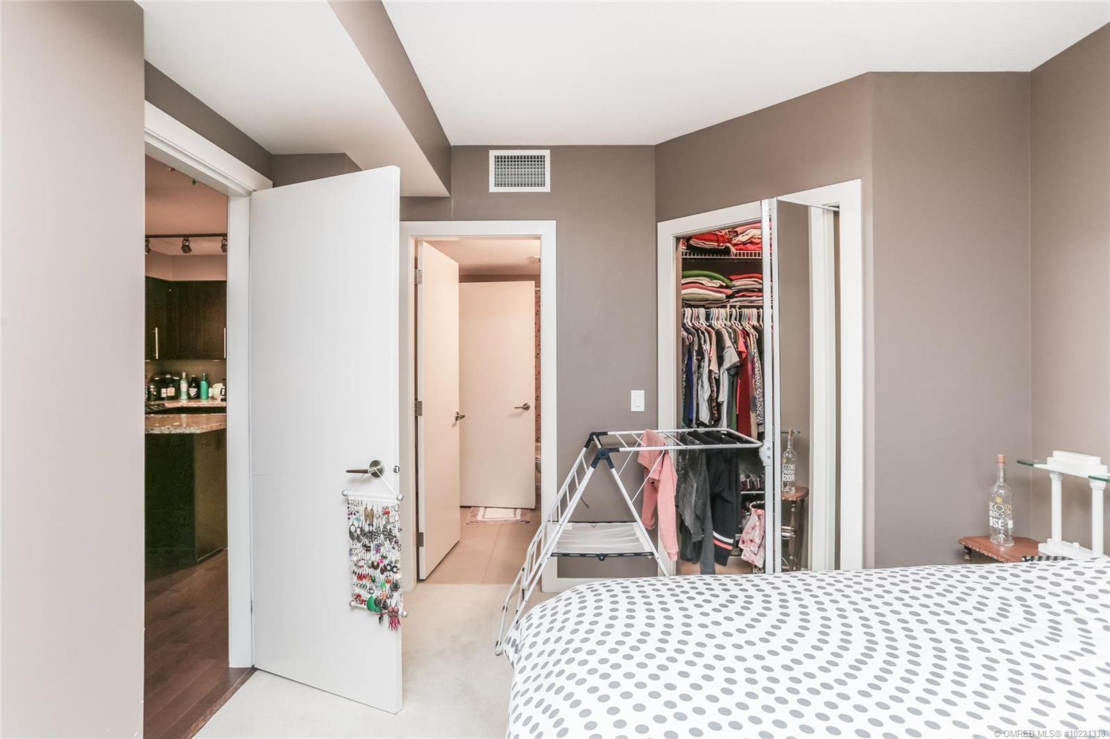 #404 1075 Sunset Drive, - Kelowna Apartment for sale, 1 Bedroom (10221338) - #11