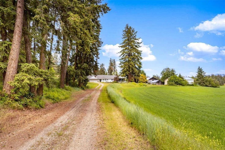 4602 Schubert Road, - Armstrong for sale, 2 Bedrooms (10232684)