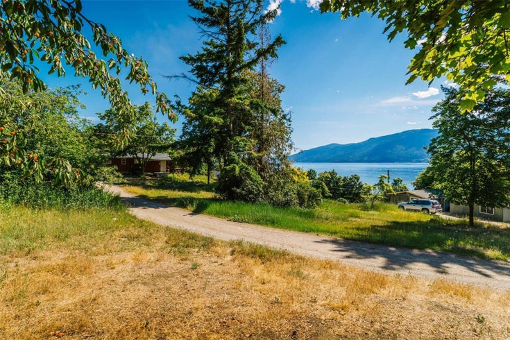 12815 Pixton Road, SW - Lake Country Recreational for sale, 2 Bedrooms (10238768)